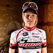 Lisi Osl, Lokalmatadorin und Mountainbike-Gesamtweltcupsiegerin