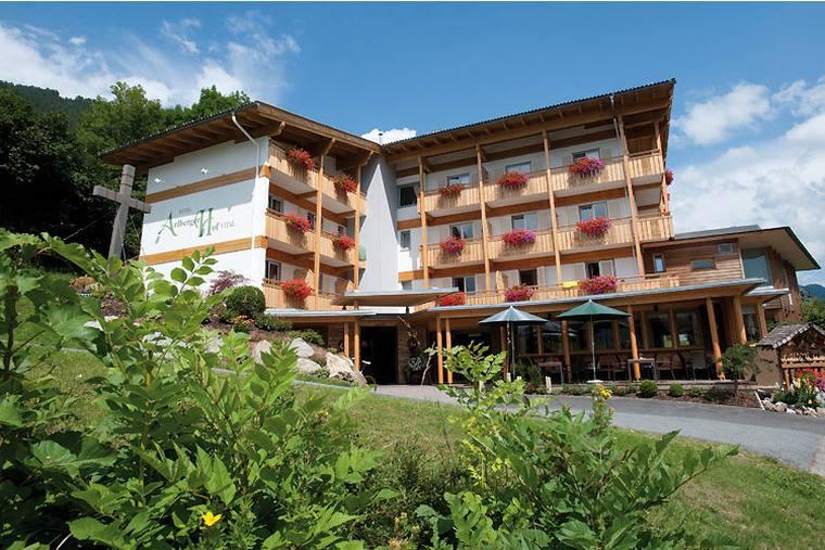 Hotel Arlbergerhof in Weissensee