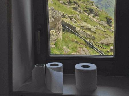 What has toilet paper advertising to do with mountain biking?
