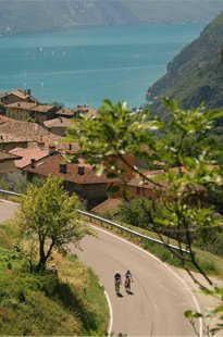 lago-di-garda-veneto-four-seasons-on-the-bike
