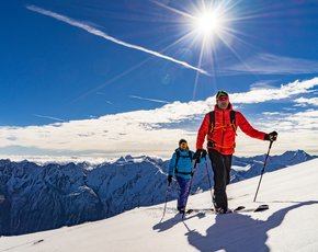Participate in ski touring survey & win holiday!