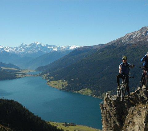 Alpen-Comfort-Hotel Central Bikeregion Nauders - Reschenpass