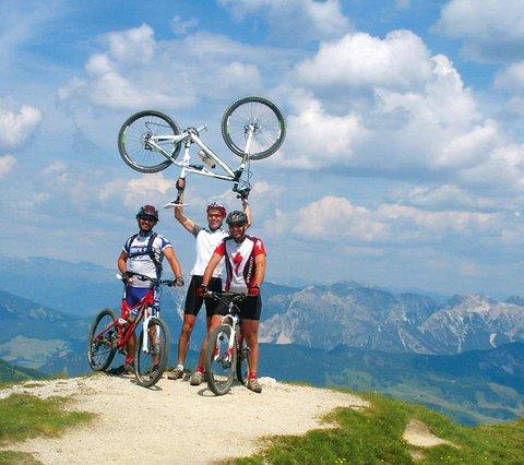 Bikeguides Alta Badia hotel Pider