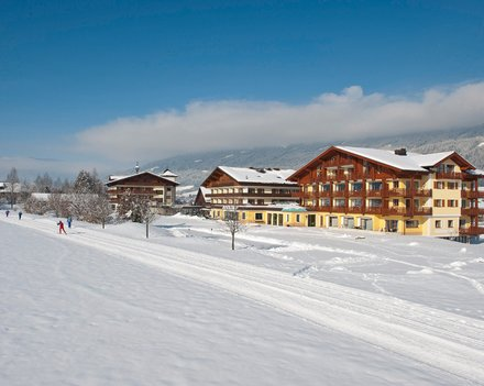 Hotel Gut Weissenhof  Langlaufhotel In Radstadt, Salzburg. Rinkink Beach House. Oaks Charlotte Towers Apartments. Stirabout Lane B And B Hotel. Hangzhou E M Grand Hotel. City Hotel. Best Western Mornington Hotel. Angel City Apartment. Hesperia Peregrino Hotel