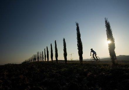 Rennradfahren in Val d'Orcia © Heiko Mandl