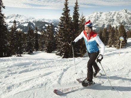 Ski touring © Lolin