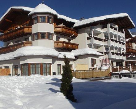 XC skiing in hotel Das Urbisgut